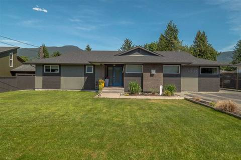 House for sale at 40128 Diamond Head Rd Squamish British Columbia - MLS: R2424562