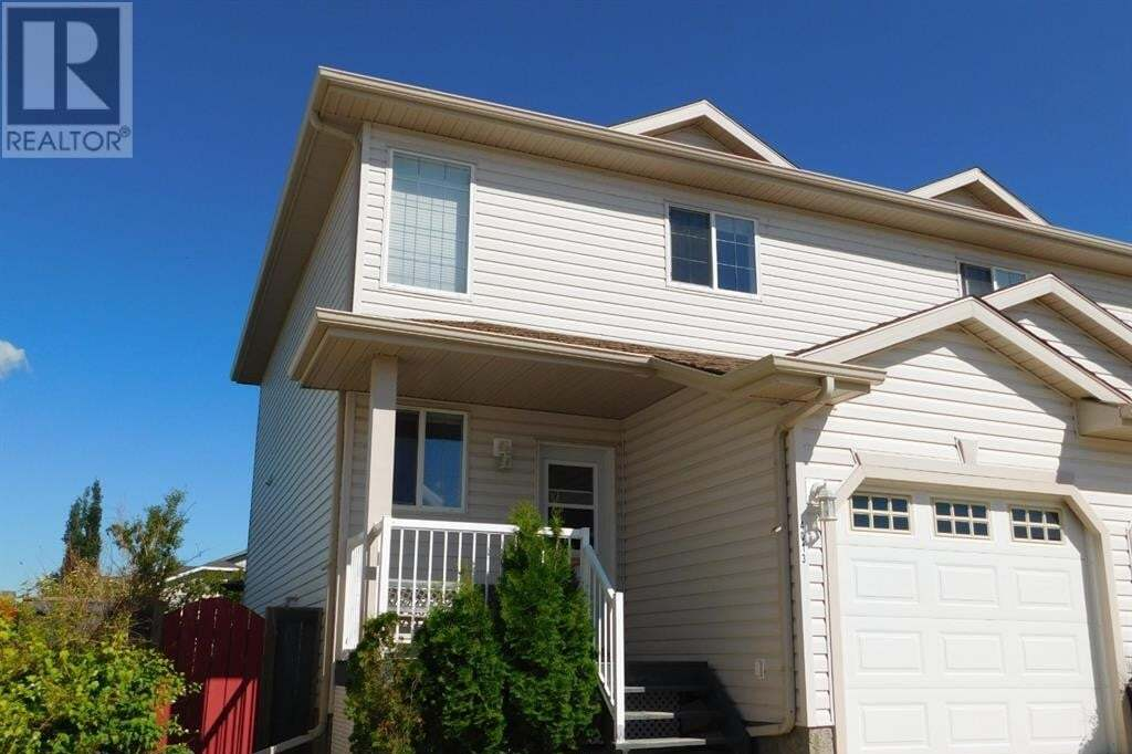 Townhouse for sale at 4013 69a Cs Camrose Alberta - MLS: A1007957