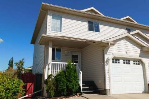 Townhouse for sale at 4013 69a Street Close Camrose Alberta - MLS: A1007957