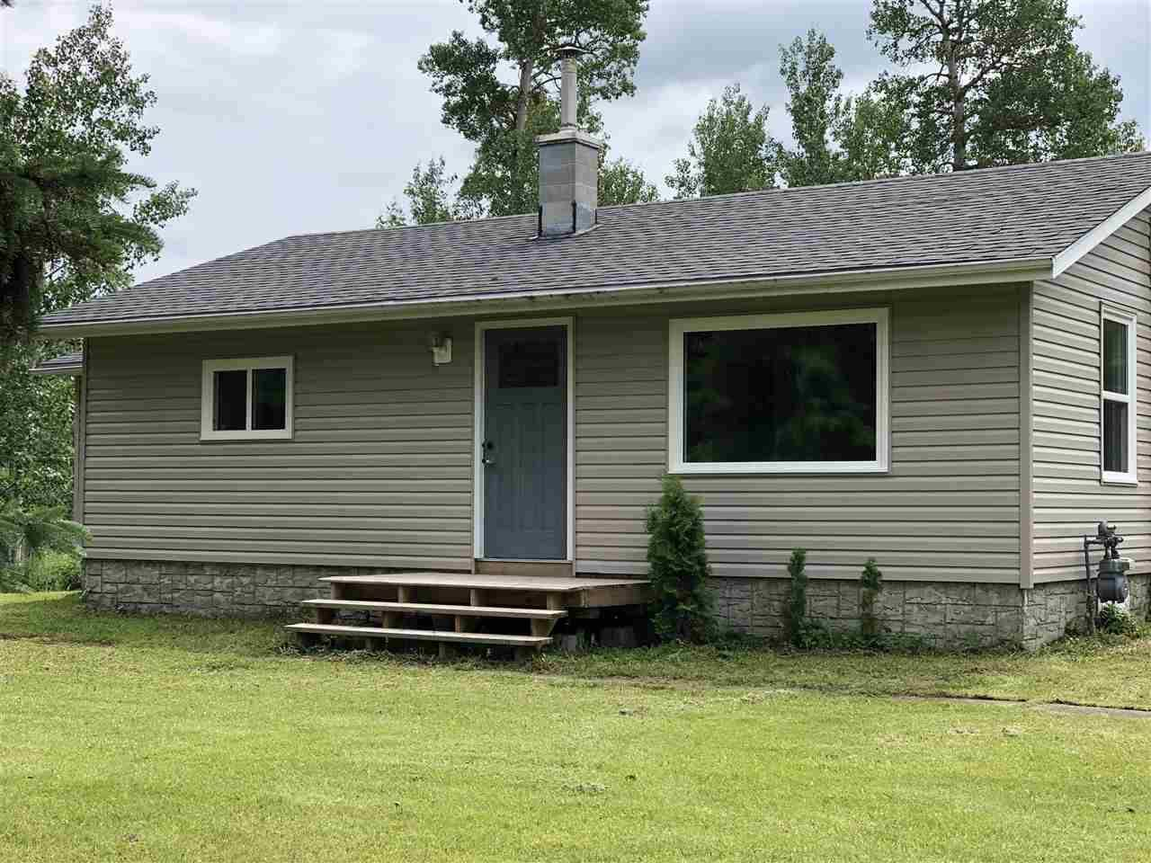 House for sale at 4015 633 Hy Rural Lac Ste. Anne County Alberta - MLS: E4163439