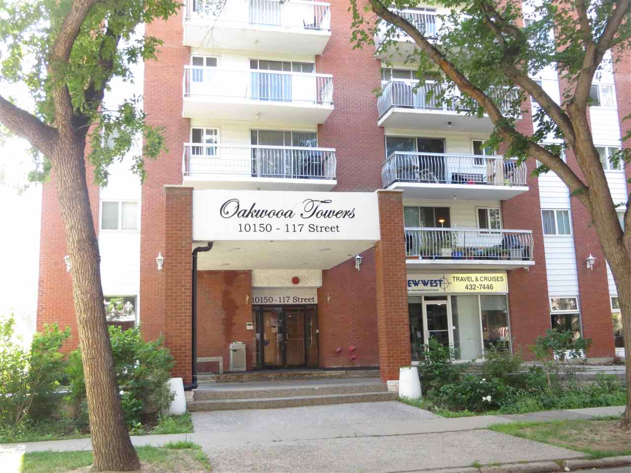 For Sale: 402 - 10150 117 Street, Edmonton, AB | 1 Bed, 1 Bath Condo for $129,900. See 9 photos!