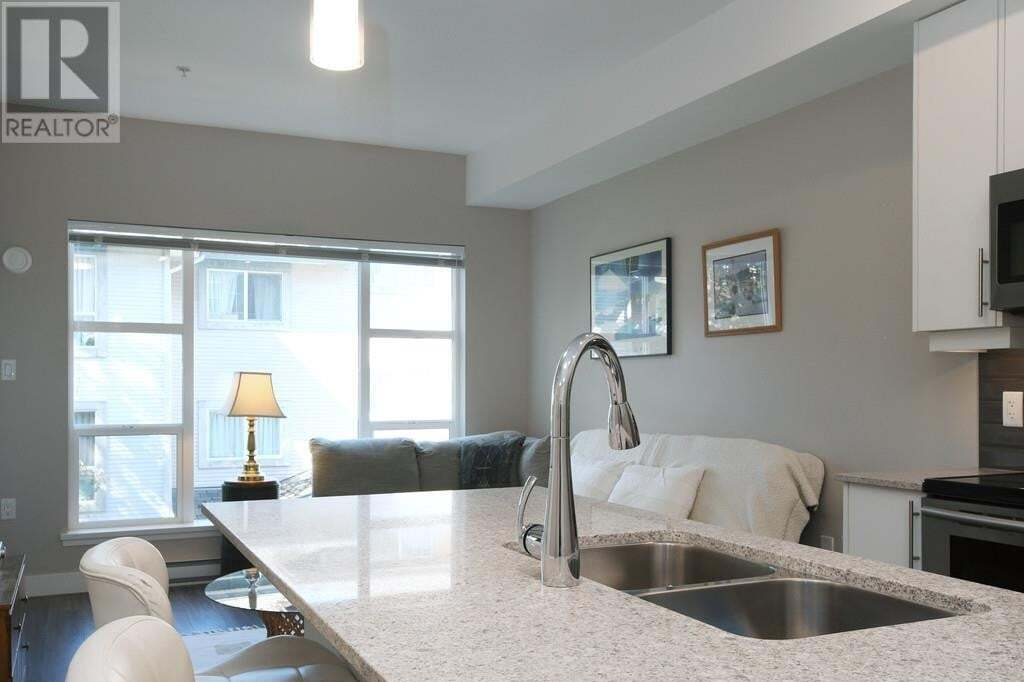 Condo for sale at 1018 Inverness Rd Unit 402 Saanich British Columbia - MLS: 427815