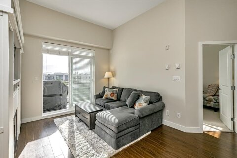 Condo for sale at 15850 26 Ave Unit 402 Surrey British Columbia - MLS: R2513874