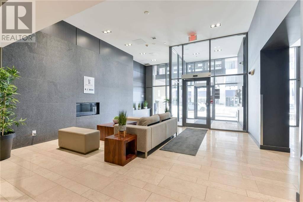 Apartment for rent at 1940 Ironstone Dr Unit 402 Burlington Ontario - MLS: 30786141
