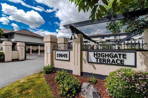 Townhouse for sale at 19645 64 Ave Unit 402 Langley British Columbia - MLS: R2379846