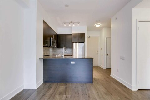 Apartment for rent at 30 Roehampton Ave Unit 402 Toronto Ontario - MLS: C5086314