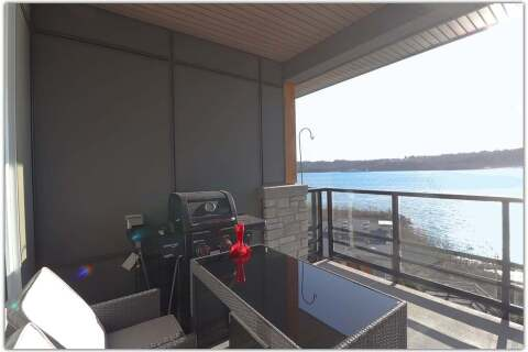 Condo for sale at 3873 Cates Landing Wy Unit 402 North Vancouver British Columbia - MLS: R2460887