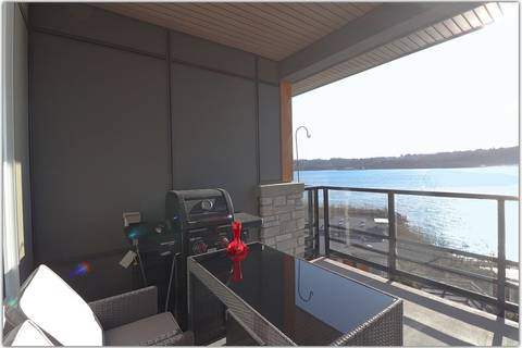 Condo for sale at 3873 Cates Landing Wy Unit 402 North Vancouver British Columbia - MLS: R2449047