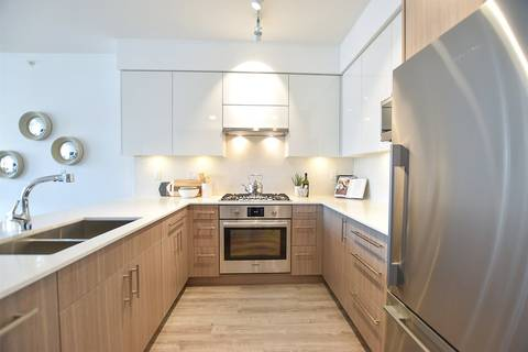 Condo for sale at 3971 Hastings St Unit 402 Burnaby British Columbia - MLS: R2444517