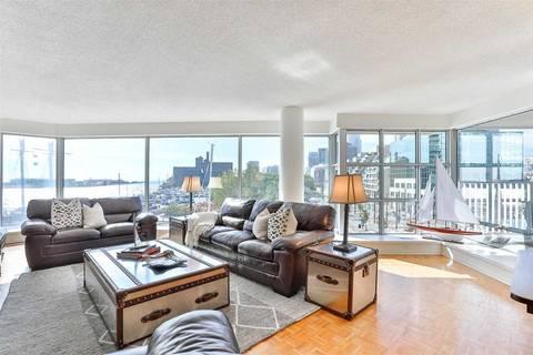Apartment for rent at 401 Queens Quay Unit 402 Toronto Ontario - MLS: C4694968