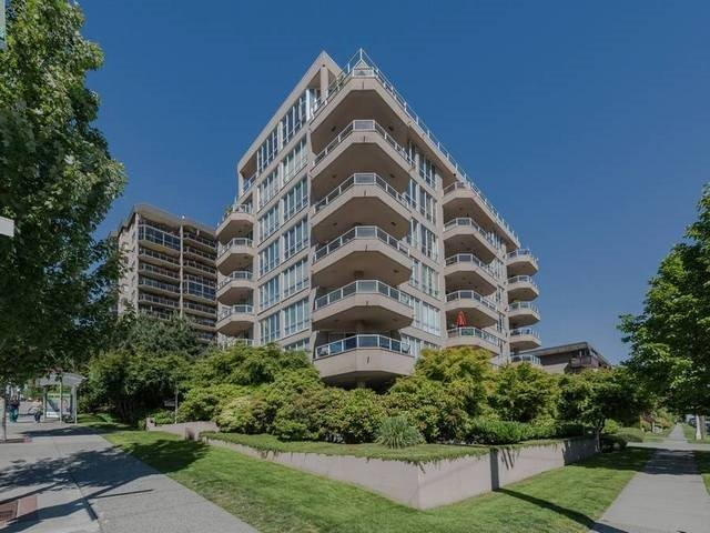 Sold: 402 - 408 Lonsdale Avenue, North Vancouver, BC