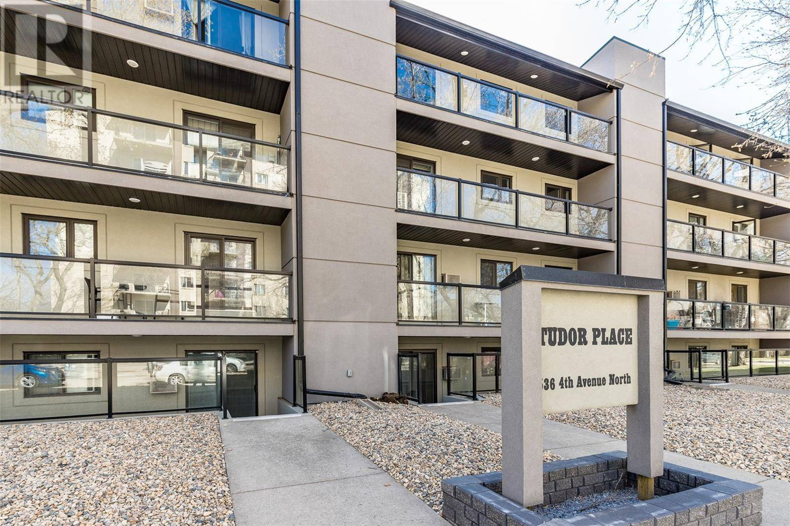 Condo for sale at 536 4th Ave N Unit 402 Saskatoon Saskatchewan - MLS: SK790737