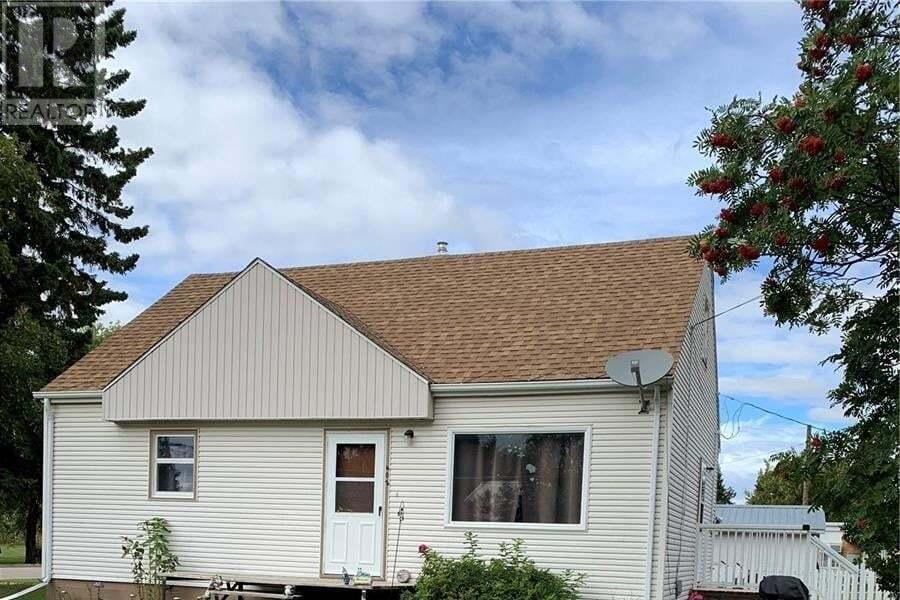 House for sale at 402 5th St NE Wadena Saskatchewan - MLS: SK826093