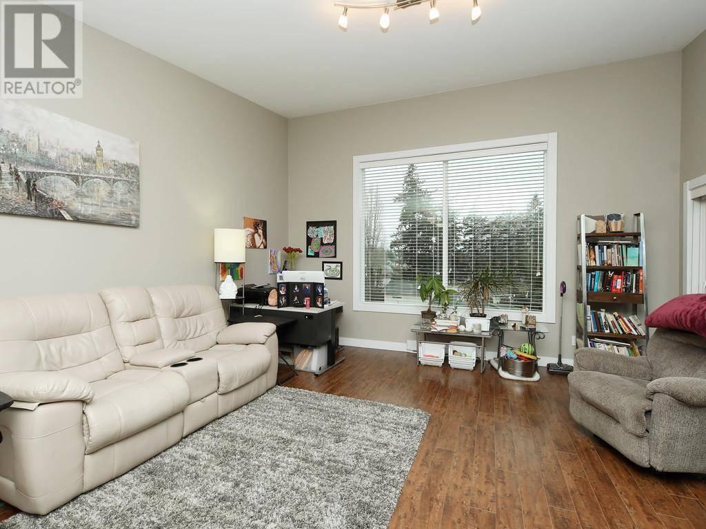 Condo for sale at 703 Massie Dr Unit 402 Victoria British Columbia - MLS: 420342