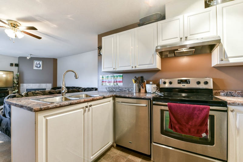 Removed: 402 - 7505 138 Street, Surrey, BC - Removed on 2018-10-01 06:15:25