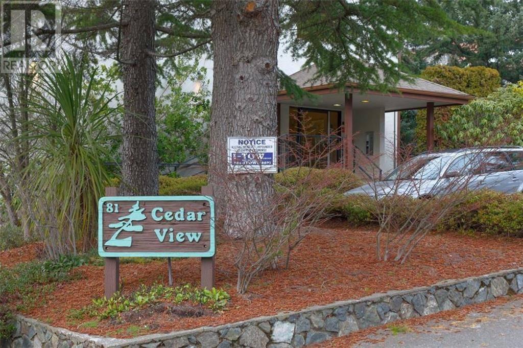 Condo for sale at 81 Gorge Rd W Unit 402 Victoria British Columbia - MLS: 421135