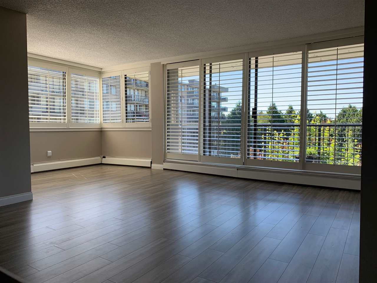 Removed: 402 - 9300 Parksville Drive, Richmond, BC - Removed on 2019-08-22 07:27:25