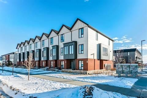 Townhouse for sale at 402 Drake Landing Wd Okotoks Alberta - MLS: C4285509