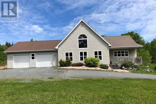 House for sale at 402 East Uniacke Rd East Uniacke Nova Scotia - MLS: 202009832