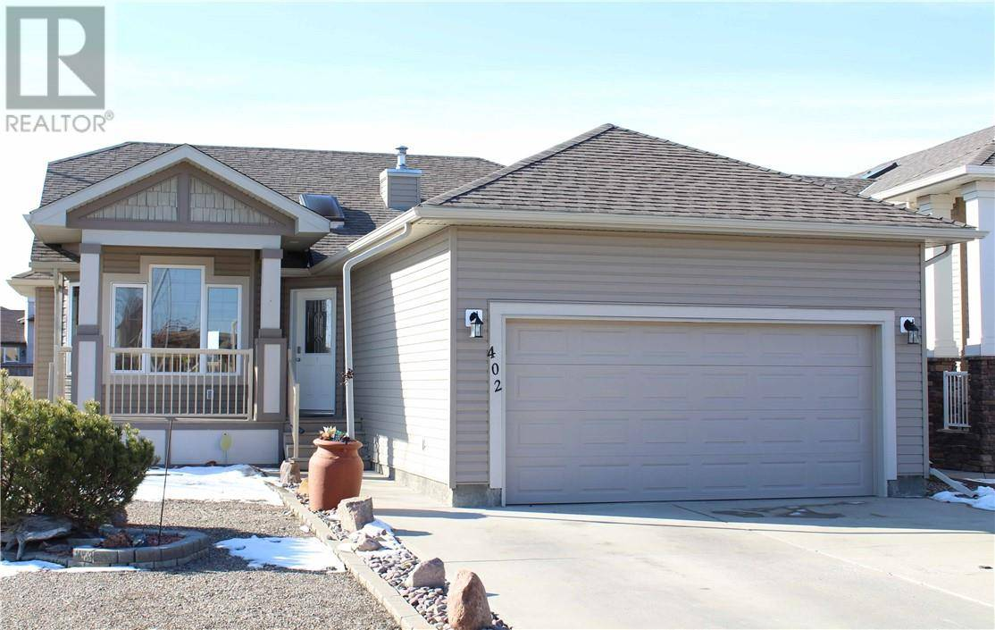 House for sale at 402 Mary Cameron Cres N Lethbridge Alberta - MLS: ld0191870