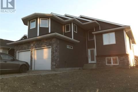 House for sale at 402 Pringle Li Saskatoon Saskatchewan - MLS: SK776501