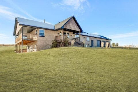 House for sale at 402045 9  St W Rural Foothills County Alberta - MLS: A1042201