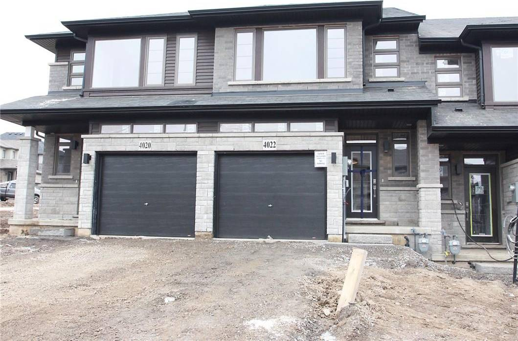 Townhouse for rent at 4022 Crown St Beamsville Ontario - MLS: H4071629