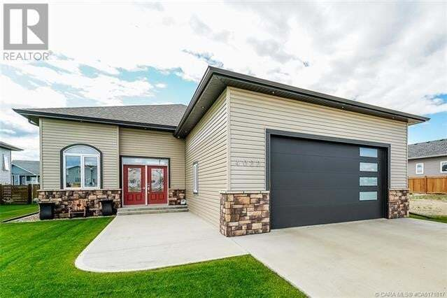 House for sale at 4022 Monarch Wy Stettler Alberta - MLS: ca0171817