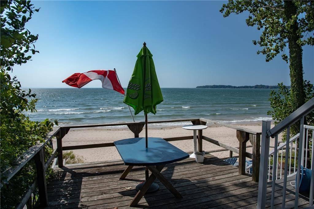 House for sale at 4029 Crystal Beach Hill Ln Crystal Beach Ontario - MLS: 30765953