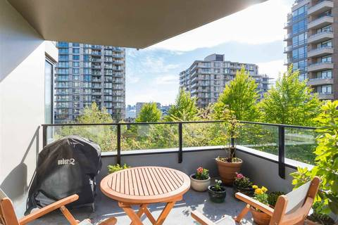 Condo for sale at 151 2nd St W Unit 403 North Vancouver British Columbia - MLS: R2389638