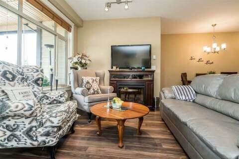 Condo for sale at 2860 Trethewey St Unit 403 Abbotsford British Columbia - MLS: R2481213