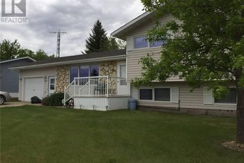 House for sale at 403 2nd St Ne Watson Saskatchewan - MLS: SK736127