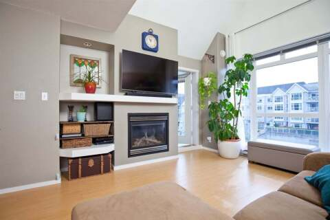 Condo for sale at 3142 St Johns St Unit 403 Port Moody British Columbia - MLS: R2499050