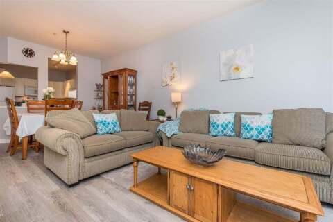 Condo for sale at 3176 Gladwin Rd Unit 403 Abbotsford British Columbia - MLS: R2496298