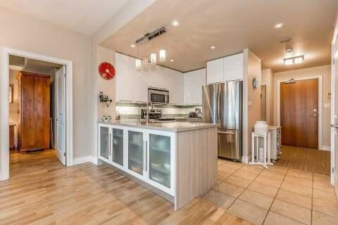 Condo for sale at 33 Ellen St Unit 403 Barrie Ontario - MLS: S4961394