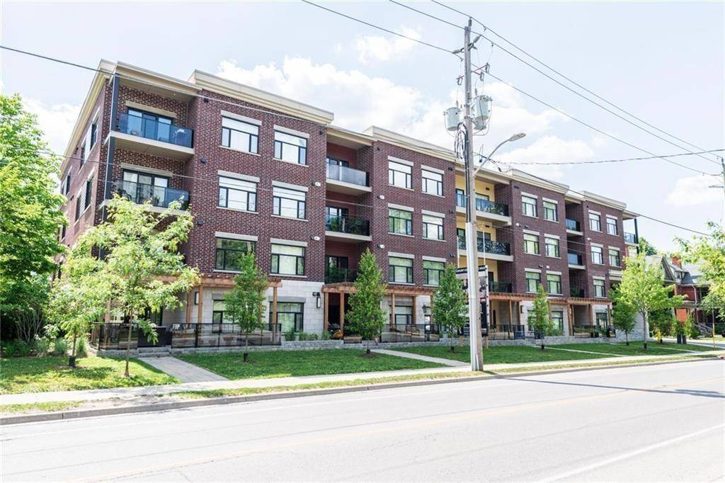 Condo for sale at 89 Ridout St S Unit 403 London Ontario - MLS: H4072842