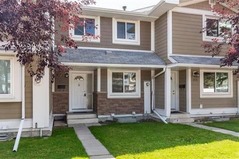Townhouse for sale at 403 Georgian Villa(s) Northeast Calgary Alberta - MLS: C4263822