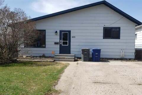 House for sale at 403 K Ave N Saskatoon Saskatchewan - MLS: SK806476
