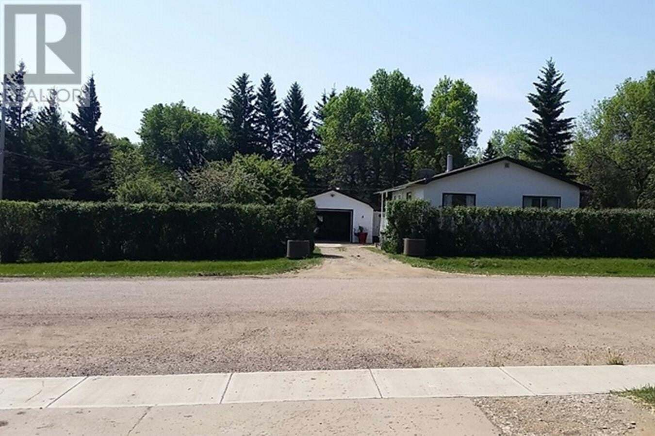 House for sale at 403 Main St Lafleche Saskatchewan - MLS: SK817200