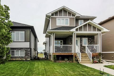 House for sale at 4038 33rd St W Saskatoon Saskatchewan - MLS: SK792519