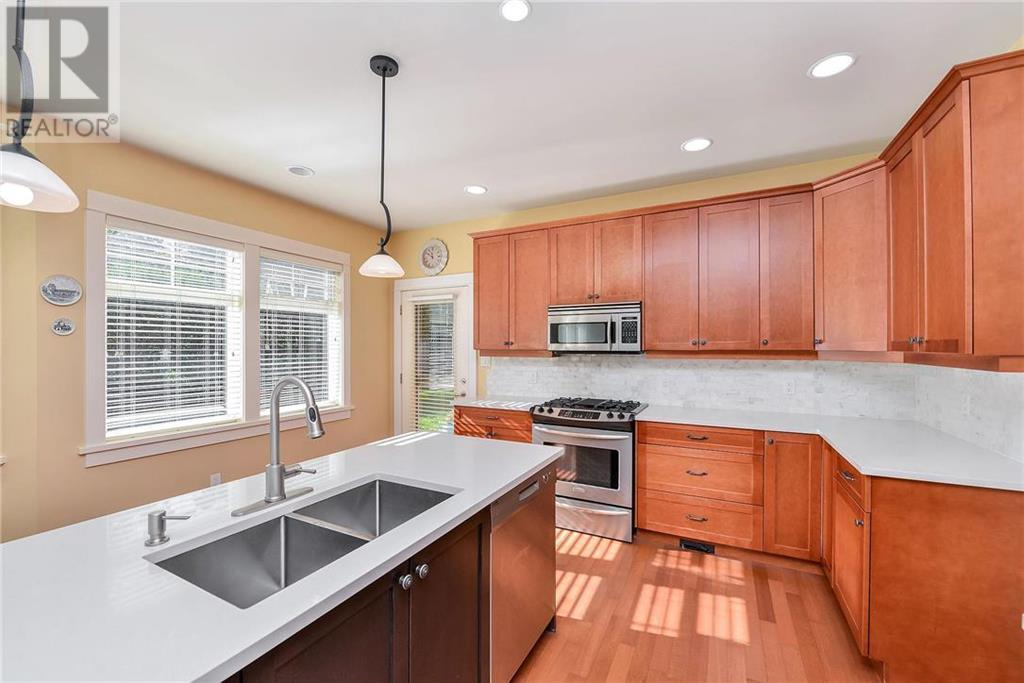 Removed: 4039 Valley Drive South, Victoria, BC - Removed on 2018-11-10 04:39:21
