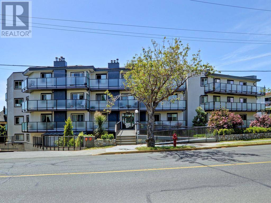 Condo for sale at 1241 Fairfield Rd Unit 404 Victoria British Columbia - MLS: 420260