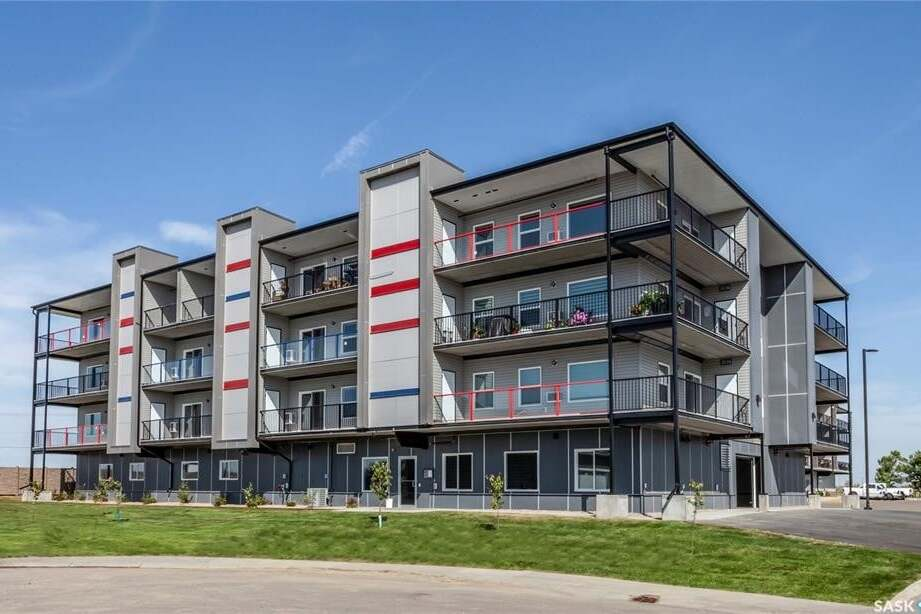 Condo for sale at 131 Beaudry Cres Unit 404 Martensville Saskatchewan - MLS: SK808335