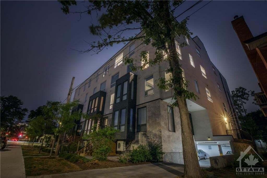 Buliding: 150 Greenfield Avenue, Ottawa, ON
