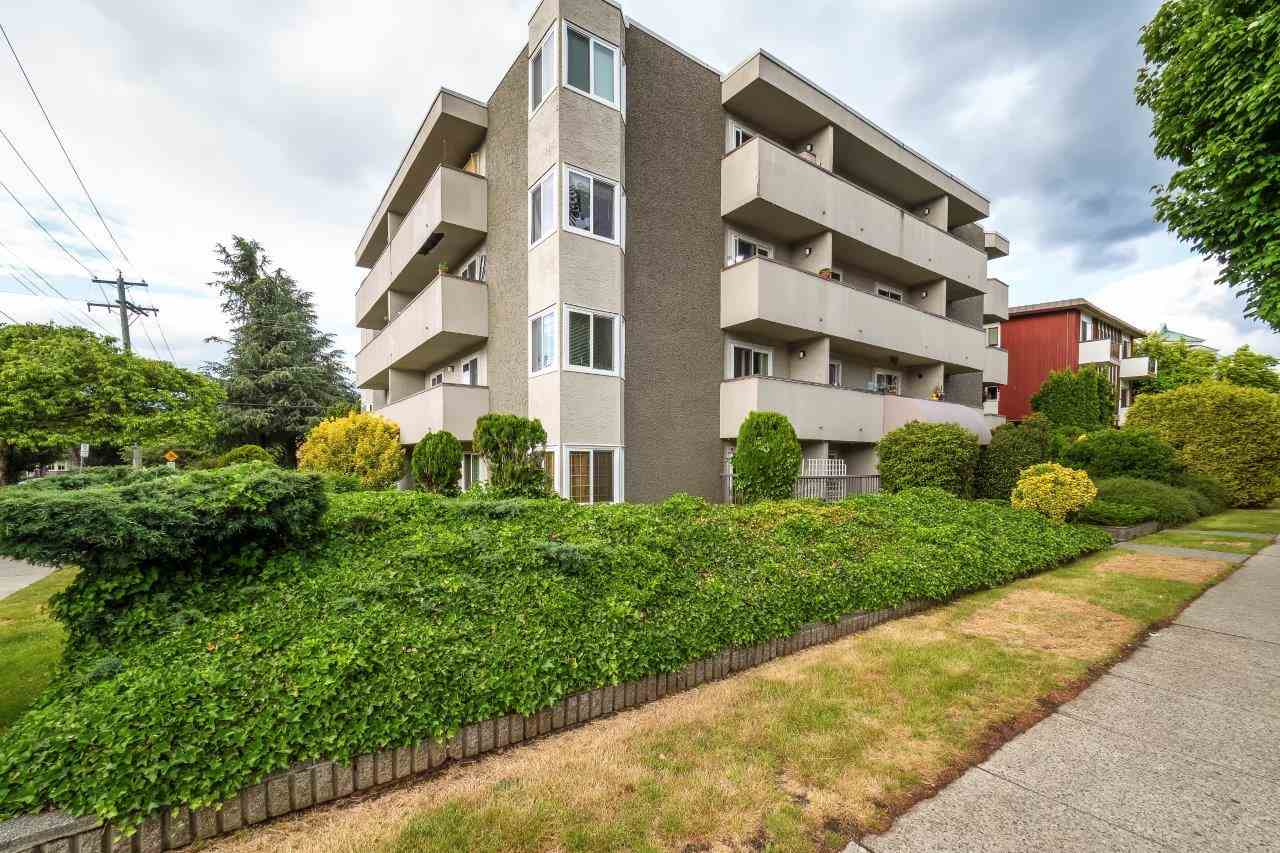 Sold: 404 - 1515 East Broadway, Vancouver, BC