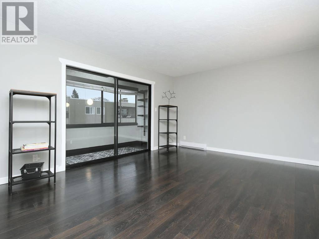 Condo for sale at 2631 Prior St Unit 404 Victoria British Columbia - MLS: 419905
