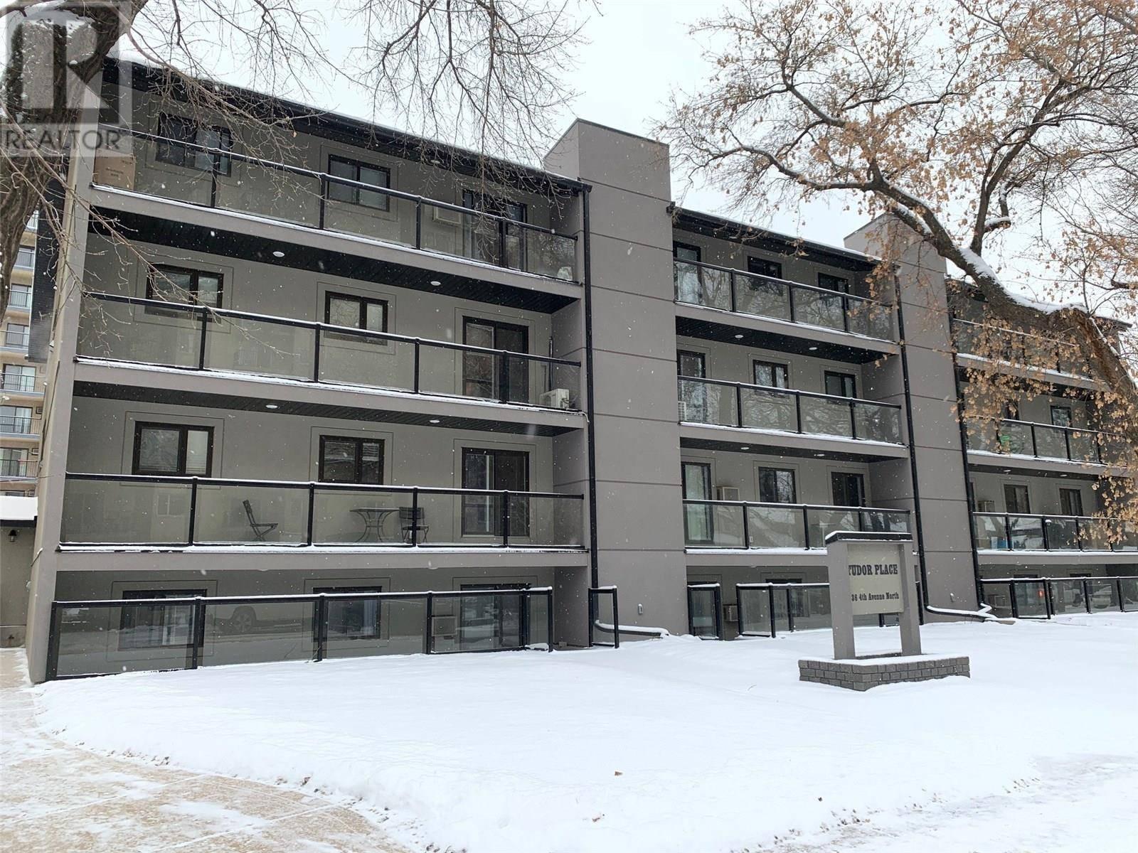 Buliding: 536 4th Avenue North, Saskatoon, SK