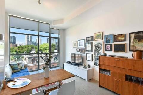 Condo for sale at 569 King St Unit 404 Toronto Ontario - MLS: C4820690