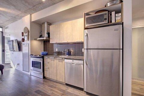 Apartment for rent at 650 King St Unit 404 Toronto Ontario - MLS: C4969559