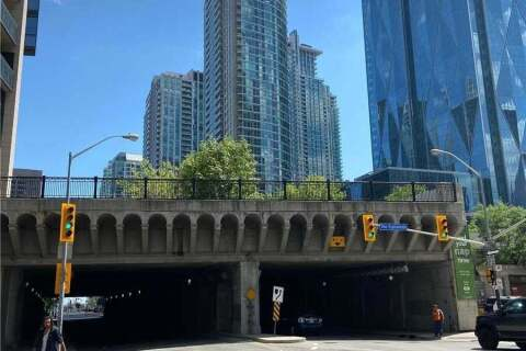 Condo for sale at 8 The Esplanade Ave Unit 404 Toronto Ontario - MLS: C4815513